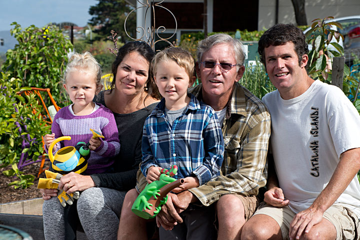 Darla and Steve Welch with grandchildren, Ivy and Connor Simmons and son Steve -